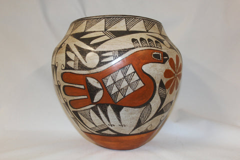 Native American Historic Acoma Pottery Jar #144