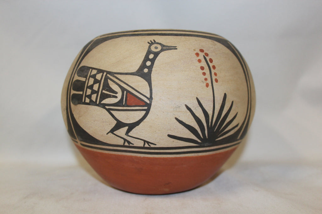 Pottery Bowl : Beautiful Santo Domingo Figural Polychrome Pottery Bowl by Robert Tenorio #260