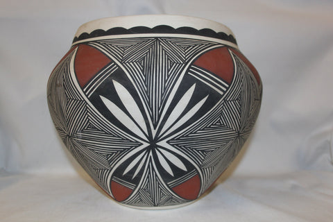 "Acoma Pottery : Stunning Acoma Fine-Line Polychrome Pottery Olla by ""Mickey"" #261-Sold"