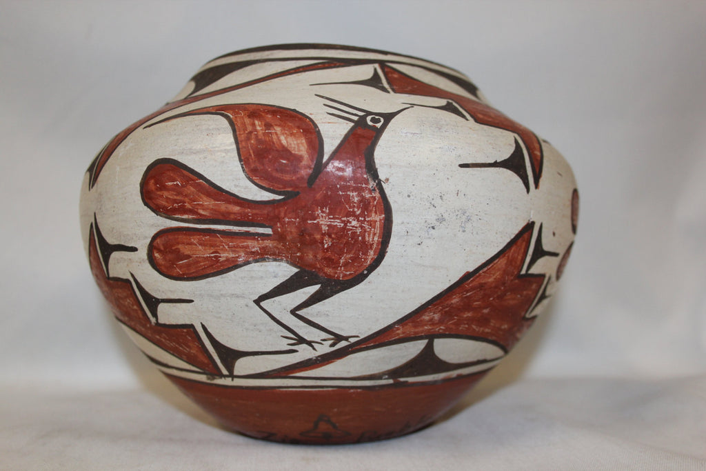 Zia Pottery : Vintage Zia Polychrome Pottery Olla With Four Birds by Seferina Pino Bell With Her Bell Glyph #280
