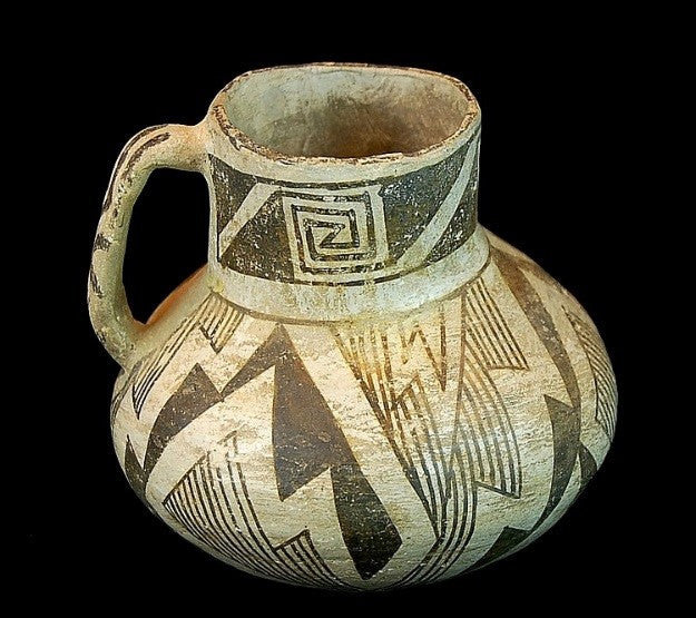 Black on White Pottery : Very Nice anasazi Black on White Pottery Pitcher #285