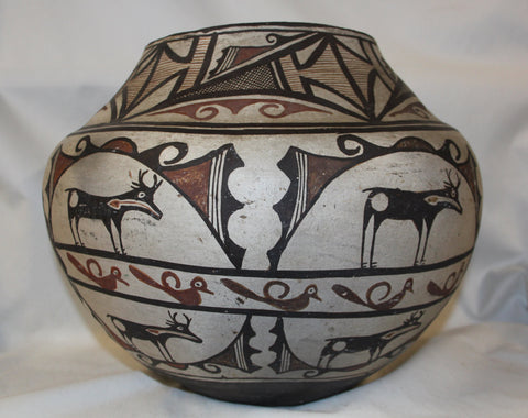 Native American Zuni Pottery Storage Jar #321