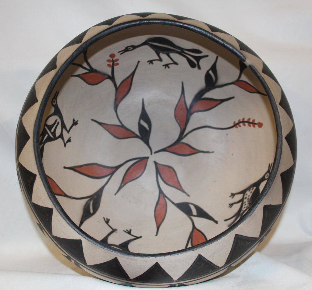 Santo Domingo Pueblo : Magnificent Polychrome Santo Domingo Bowl by Hilda Coriz #322