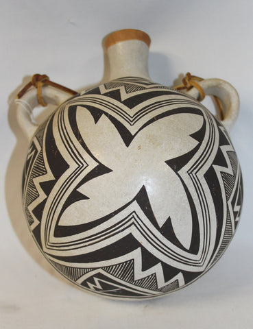 Native American Acoma Fine Mimbres Style Motif Pottery Canteen signed Lucy Lewis 388 a.