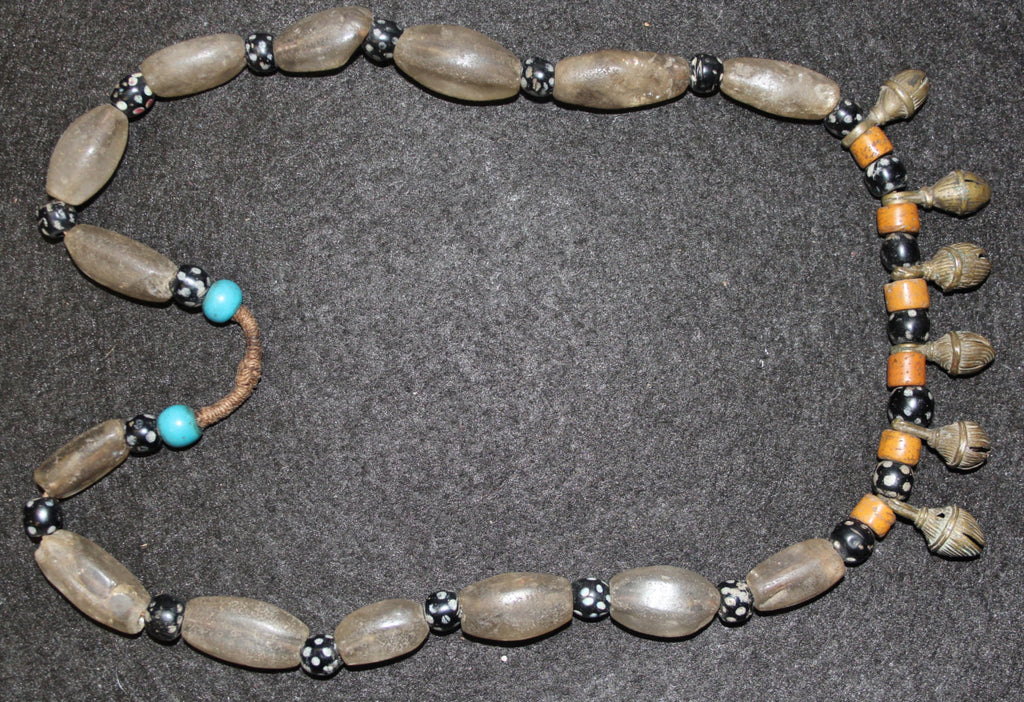 Crystal Beads : Authentic Ao/Phom Crystal Bead Strand with Small Bells #606