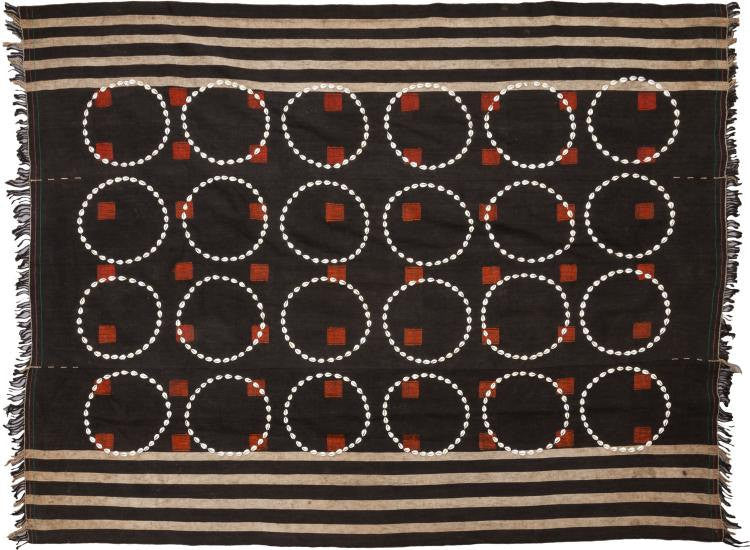 Textiles : Authentic Chang Naga Warrior Ceremonial Textile Body Cloth With Cowrie Shell Circles #524