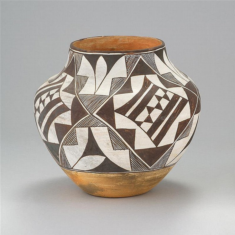 Large Pottery: Very Good Acoma Pottery Jar, Brown and White Geometric Pattern, Ca 1940, #757