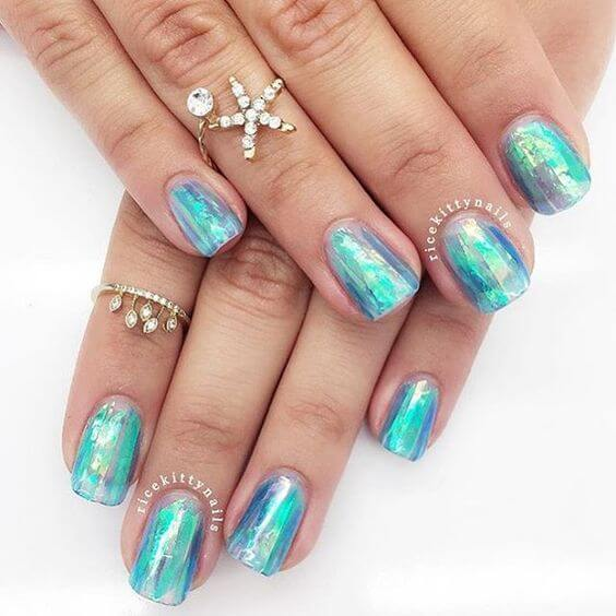 Top 10 mermaid nails you have to have wild fae ricekittynails captures what youd expect a mermaids nails to actually look like swimming around under water all glamourous like prinsesfo Choice Image
