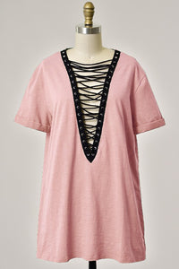 Holly Plunging V-Neck Lace Up T-Shirt Dress - Blush