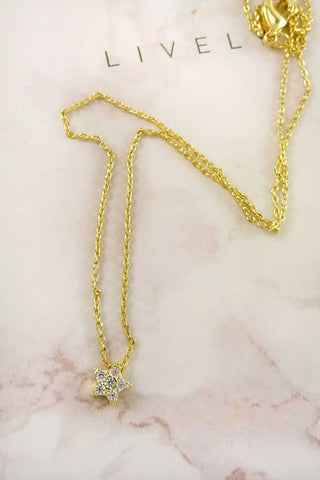 Aoki Star Pendant Necklace - Gold