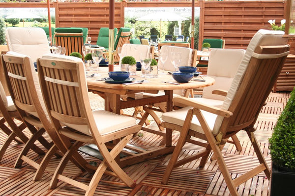 Beer Gardens and Beer Garden Furniture The Ins and Outs