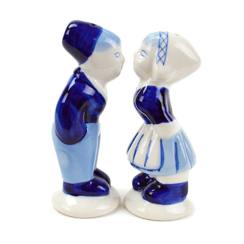Collectible Pepper and Salt Shakers: Delft Kiss