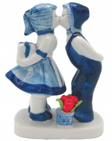 Delft Blue Ceramic Kiss with Tulips