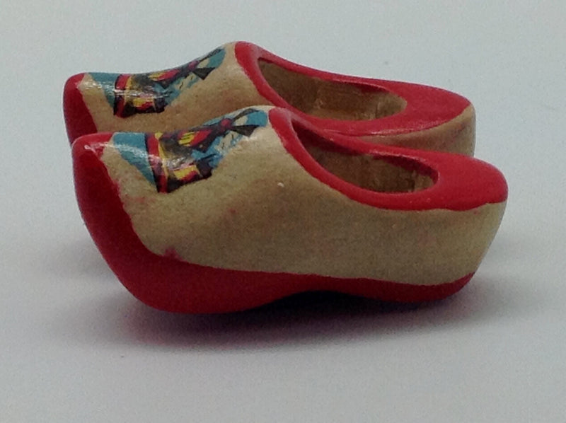 Wooden Shoes with Red Trim Magnetic Gift - 1.5 inches, 2.5 inches, Collectibles, CT-600, Decorations, Dutch, Home & Garden, Kitchen Magnets, Magnets-Refrigerator, Natural, Netherlands, PS-Party Favors, PS-Party Favors Dutch, Size, Top-DTCH-A, Tulips, wood, Wooden Shoes - 2
