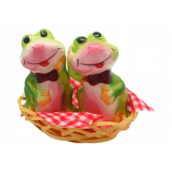 Animal Salt & Pepper Shakers Frogs Basket