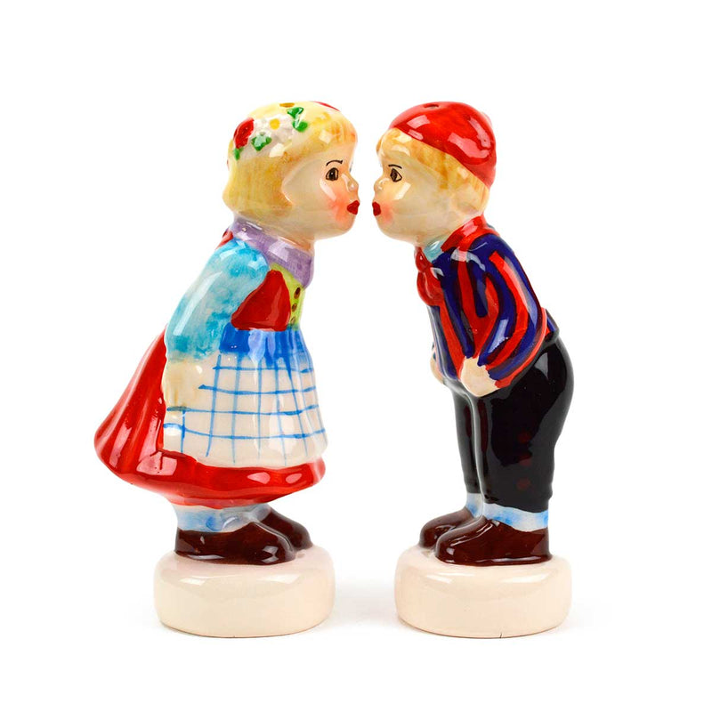Cute Salt and Pepper Shakers Scandinavian Standing Couple