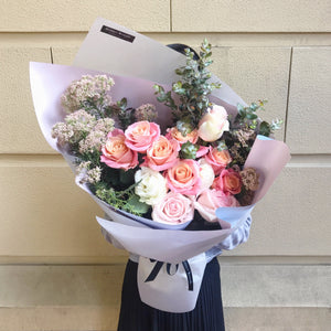 La Vie en Rose Bouquet