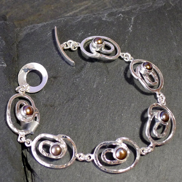 Pearl Small Swirl Link Bracelet - cibola - 2