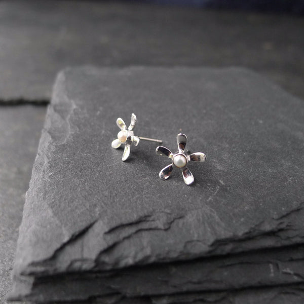 5 Petal Flower Studs with Tiny Pearls - cibola