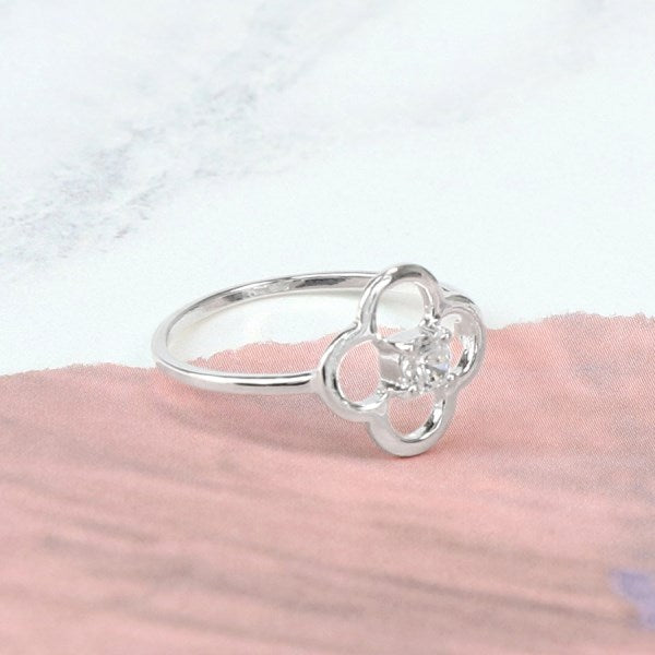 Silver Flower Ring - cibola