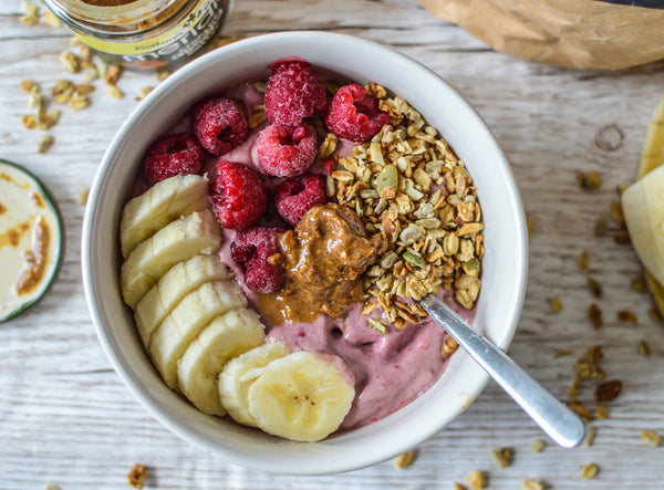 Raspberry Smoothie Bowl (Vegan)