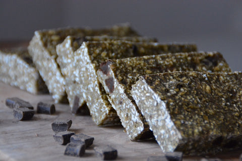 Matcha and Chocolate Chip Flapjacks | Neat Nutrition. Clean, Simple, No-Nonsense.
