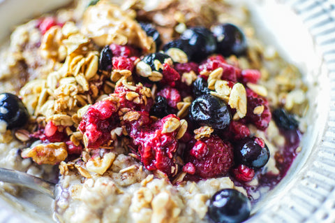 Wake Up Well Berry Porridge | Neat Nutrition. Active Nutrition, Reimagined For You.