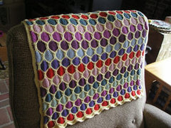 Free Pattern: Honeycomb Baby Blanket