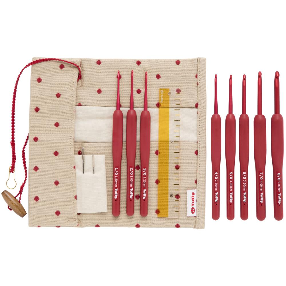 "Tulip ""Etimo"" Red Cushion Grip Crochet Hooks - Set of 8"