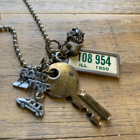 Illinois Necklace with Mini License Plate Tag, 1950, #108 954