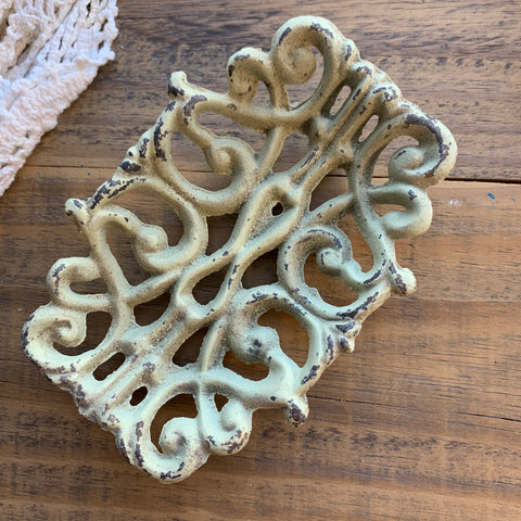 Painted Cast Iron Metal Soap Dish (1)