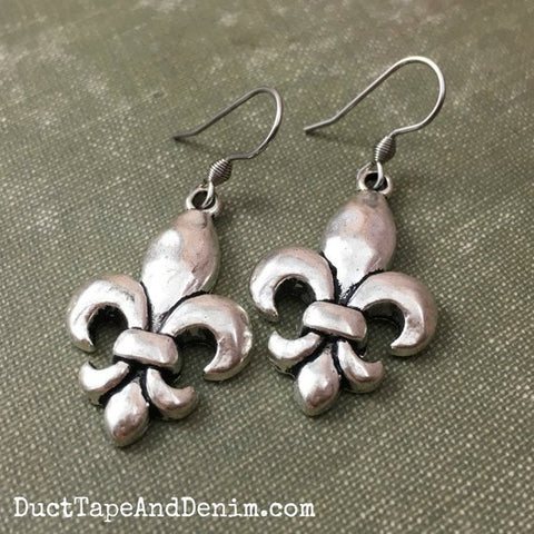 Simple Silver Fleur de Lis Earrings