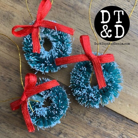 "Mini Sisal Christmas Wreath - 1"" Inch (3)"