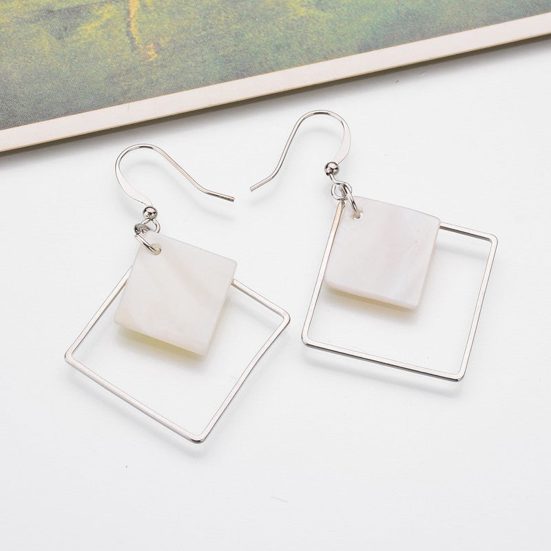 New Natural White Shellfish Earrings Ladies Thread Empty Square Simple