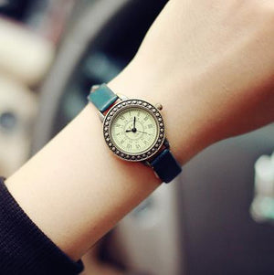 Jam tangan wanita model dan pilihan warna elegan Strap Quartz Wristwatch Watch for Women Ladies Girls - Raja Indonesia