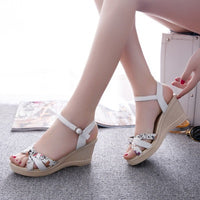 2016 Cute Women Sandals Newest Cork Appliques Women Flat Platform Sandals Rome Buckle Fretwork Wedges Sandals G97 35 - Raja Indonesia