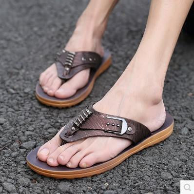 Summer Flat Pu Sandals Men Thong Outdoor Slippers Mens Shoes Buckle Casual Male Slides Plus Size Beach Rivets Non-slip Bottom