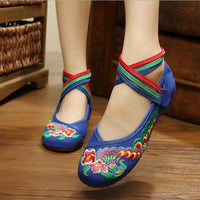 29 Colors Fashion Women's embroidery Shoes Old Peking Flat Heel Denim Flats with Embroidery Soft Sole Casual Dancing Shoes - Raja Indonesia