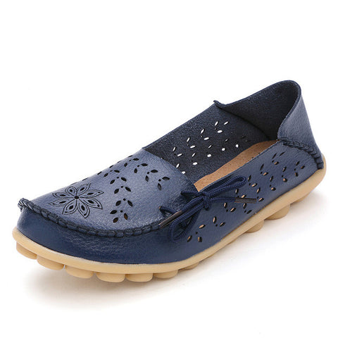 Plus Size 34-44 Women Fashion 2017 Summer Hollow Out Flats Shoes Slip-on Comfort Casual Shoes Female Lazy Shoes - Raja Indonesia
