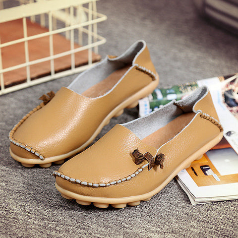 2017 Genuine Leather Women Flats Shoes Ladies Soft Leisure Flats Korean Shoes Women Slip on Shoes for Women Ballet Flats Size 44 - Raja Indonesia