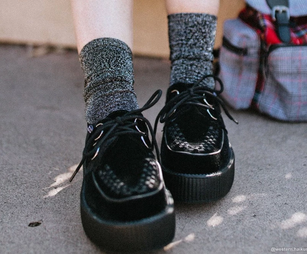 TUKTSK1002 - BLACK SPARKLY METALLIC CREW SOCK