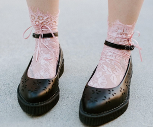 TUKTSK1059 - PINK LACE RIBBON ANKLE TIE SOCK