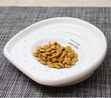 The Cat Tongue Bowl with Kibbles