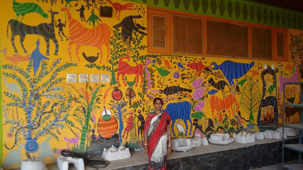 Bhil Art - How A Tribe Uses Dots To Make Their Story Come Alive