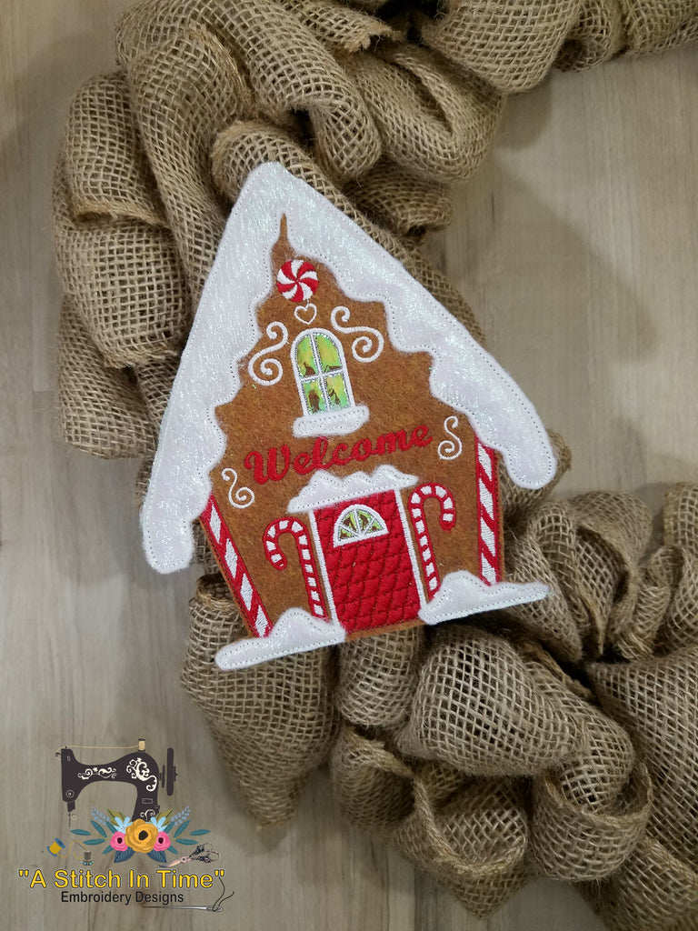 ITH Wreath Decor Gingerbread House (6x10 hoops)
