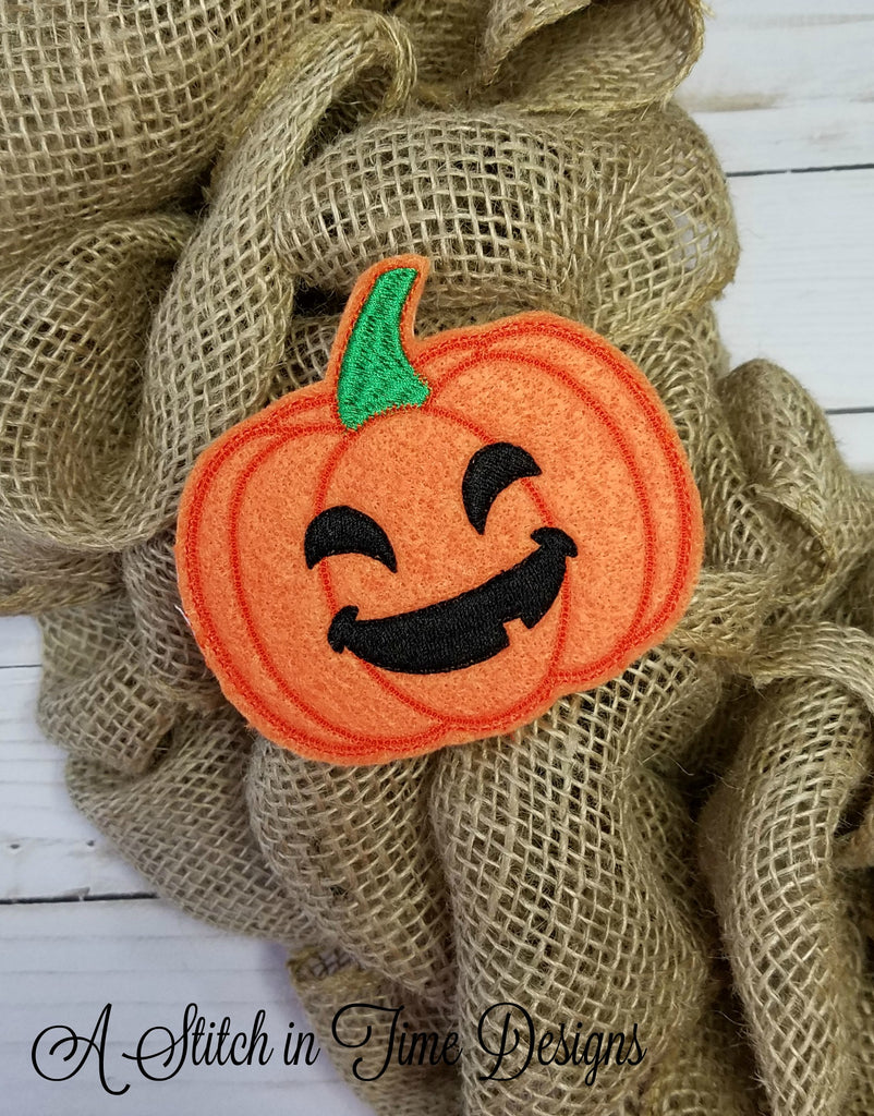 Ith wreath decor pumpkin 4x4 a stitch in time for Decoration 4x4