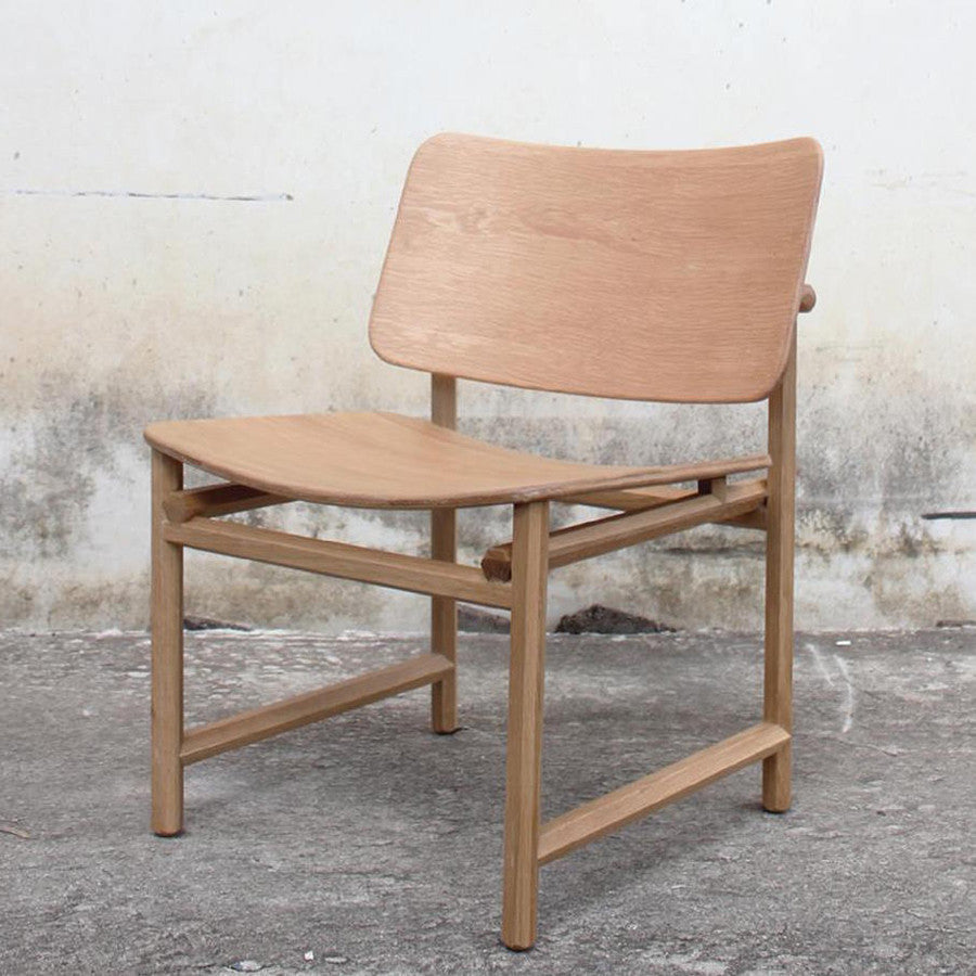 Dinsor Easy Chair