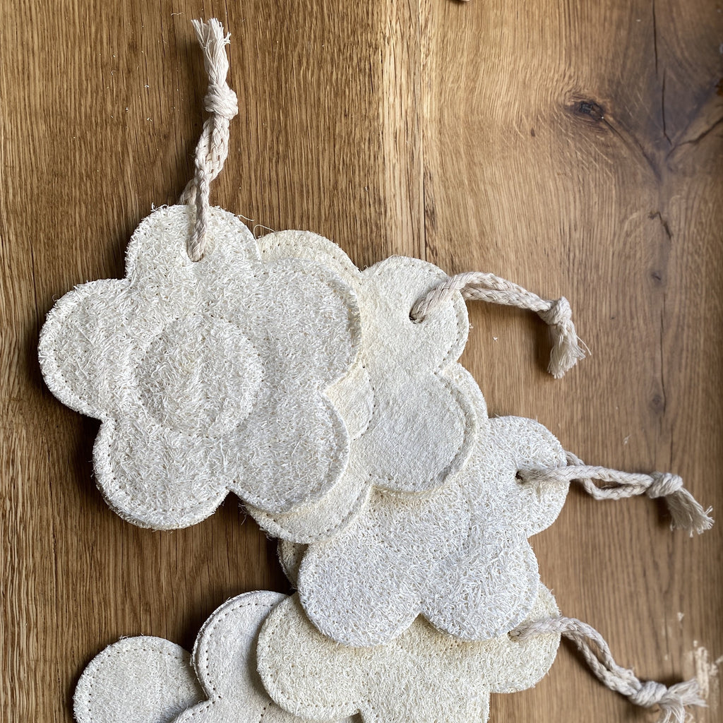 natural loofah, body loofah, flower loofah, sustainable accessory, reusable, bathroom essential, bath essential