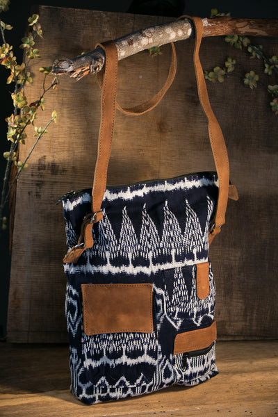 YOSELIN - Crossbody