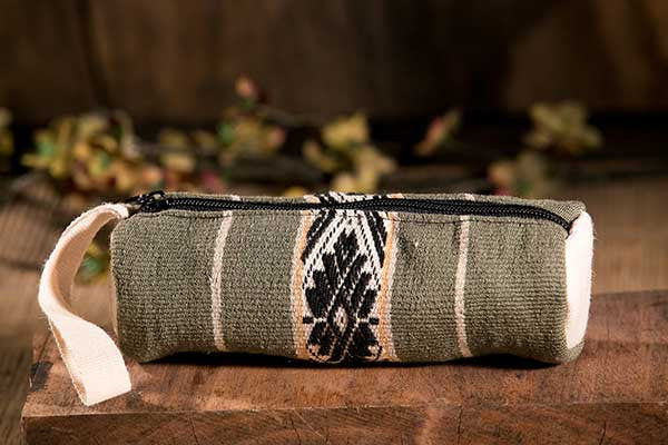 QUILQANA OLIVO - Pencil Case